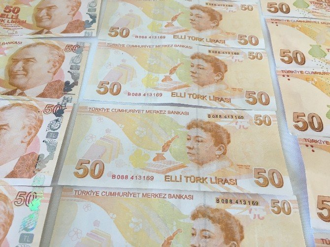 Sahte Para İle Benzin Alan İki Kardeş Yakalandı