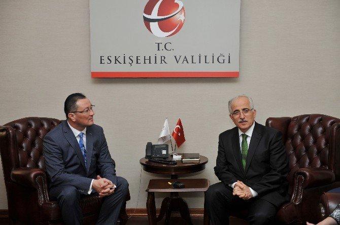 Kazakistan Heyeti Vali Tuna'yı Ziyaret Etti