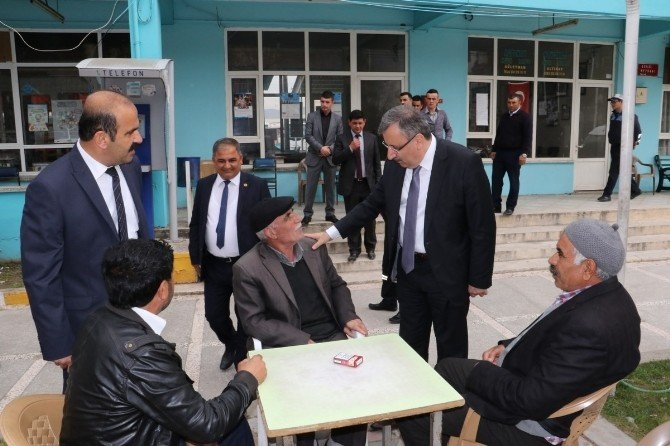 Gölmarmara'da Görev Değişimi