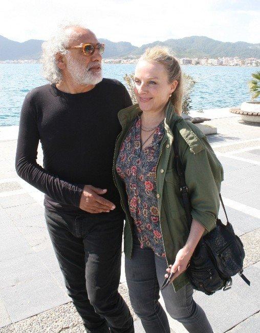 Ünlü Yönetmen Kafa Dinlemek İçin Rodos'a Tatile Gitti