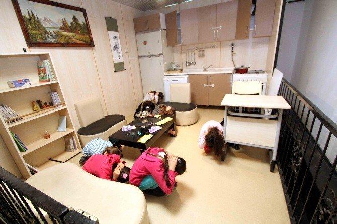 Sismoloji Merkezinde Her Gün 12 Farklı Deprem Yaşanıyor