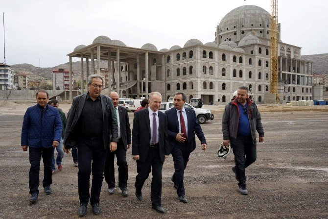 Belediye Başkanı Ünver Nevşehir Külliyesi'nde İncelemelerde Bulundu