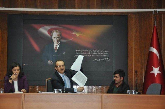 Vali Yavuz Halkın Sorunlarını Dinledi