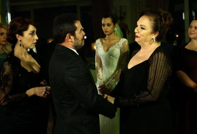 Selda Alkor ekranlara geri dönüyor