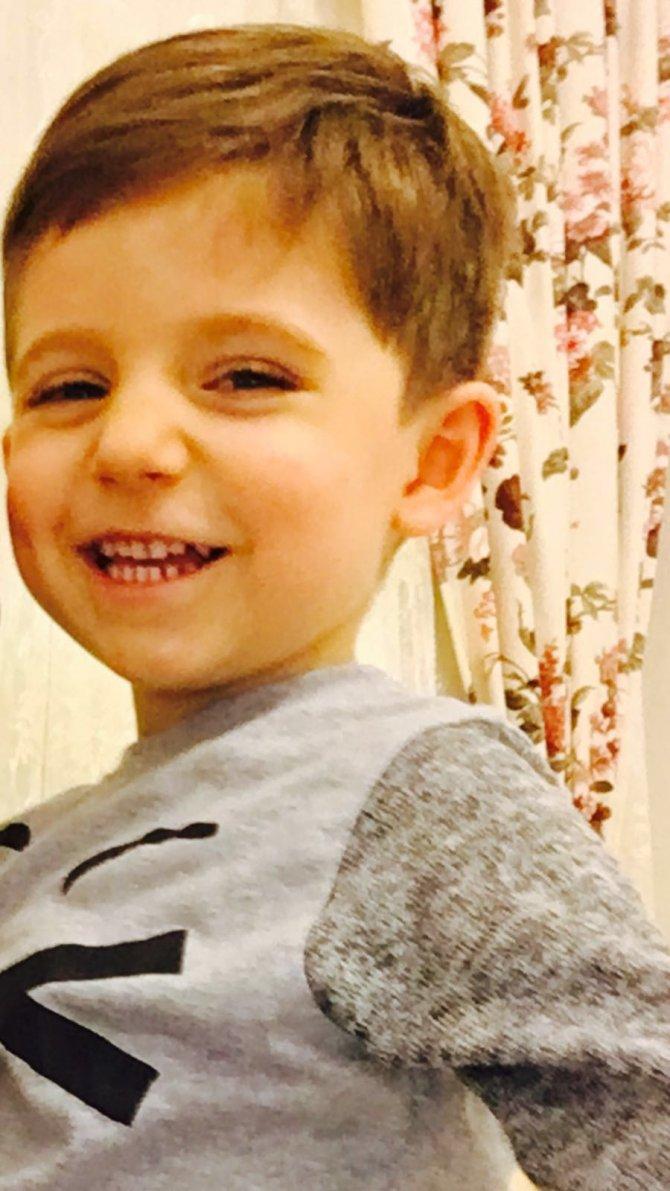 Dedesinin yanlışlıkla vurduğu minik Baran'ın cenazesi Adli Tıp'tan alındı