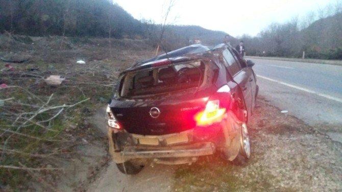 Bartın'da Otomobil Takla Attı: 2 Yaralı
