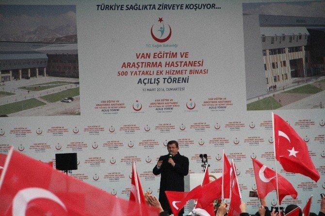 Başbakan Davutoğlu, Van'da Akıllı Hastane Açılışına Katıldı