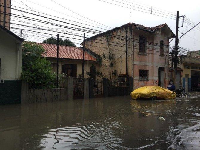 Brezilya'da sel felaketinde 21 kişi hayatını kaybetti