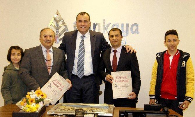 Öğrencilerden Çankaya Belediye Başkanı Alper Taşdelen'e Ziyaret