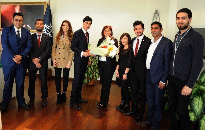 Başkan Çerçioğlu, Genç CHP'lileri Ağırladı
