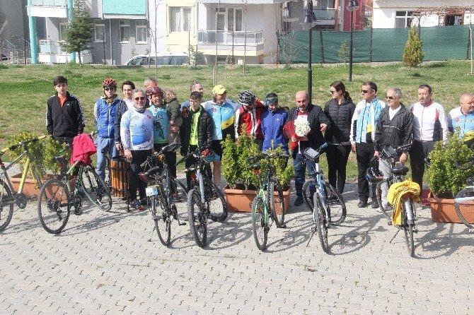 """""""Sağlıklı Yarınlara Pedal Çevirelim"""" Bisiklet Turu"""