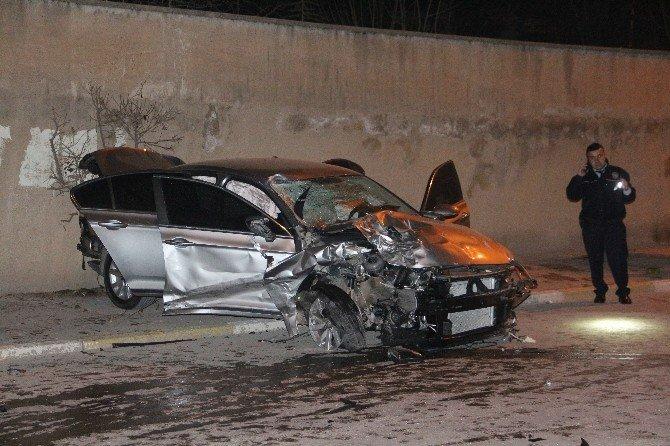 Aşırı Hız Can Aldı: 1 Ölü 3 Yaralı