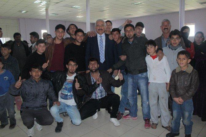 Elazığ'daki Suriyelilere Gıda Yardımı