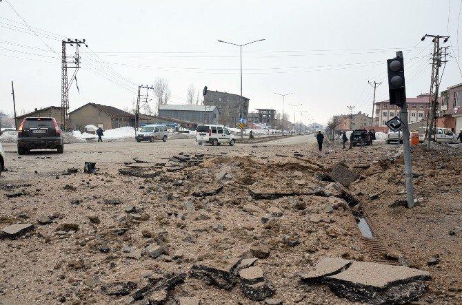 Yüksekova'da, Askeri Konvoyun Geçişi Sırasında Patlama