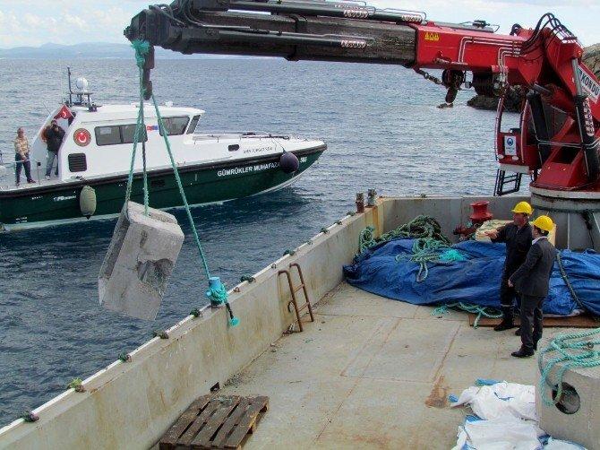 Çeşme'de Trolcüleri Engelleyecek, Deniz Canlılarını Koruyacak Proje