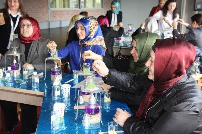 Kent Konseyi Kadınlarından Bilim Merkezi'ne Ziyaret