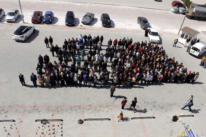 Konya'da Üniversiteli Kız Öğrencilerden Duyarlı Davranış