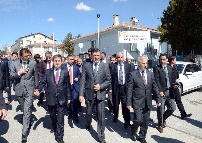 """Bakan Tüfenkci: """"Güvenlik Güçlerimiz Terörle Hassas Bir Şekilde Mücadele Ediyor"""""""