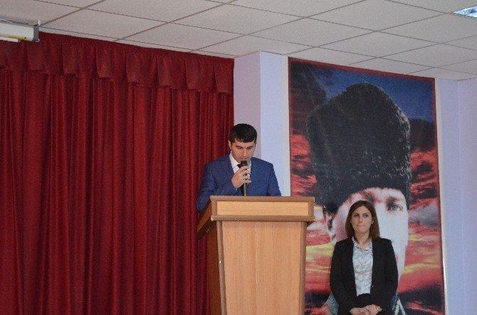 Adilcevaz'da Mehmet Akif Ersoy'u Anma Programı Düzenlendi