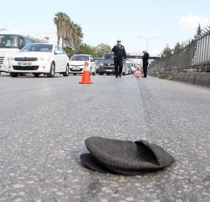 10 Metre Gerideki Üst Geçidi Kullanmayan Yaşlı Adam Kazada Hayatını Kaybetti