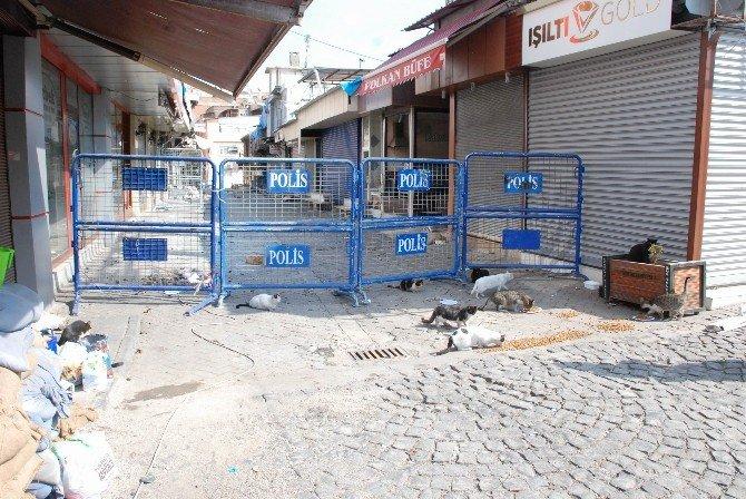 Sur'da Çatışma: 2 Polis Yaralandı, 2 Terörist Öldürüldü