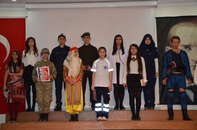 """"""" İstiklal Marşı'nın Kabulü Ve Milli Şair"""" Safranbolu'da Anıldı"""