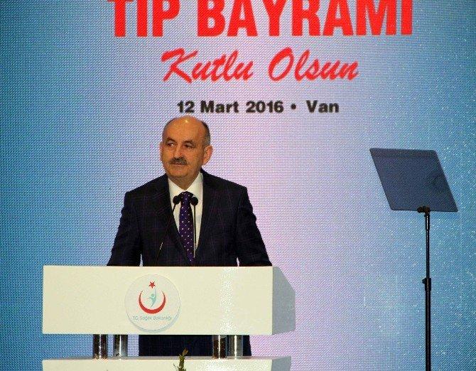 Başbakan Davutoğlu, 14 Mart Tıp Bayramı Programında Konuştu: