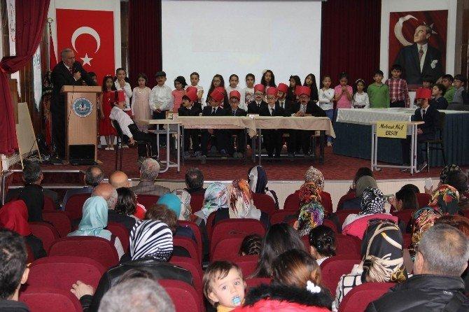 Asım'ın Nesli En Güzel İstiklal Marşı'nı Okumak İçin Yarıştı