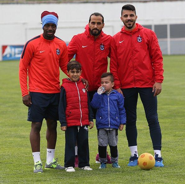 Trabzonspor, Beşiktaş maçının hazırlıklarına ara vermeden başladı