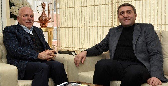 AK Parti İstanbul İl Başkanı Temurci, Başkan Sekmen'i Ziyaret Etti