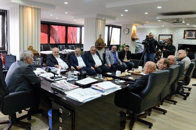 Milletvekili Bilgiç, Başkan Günaydın'ı Ziyaret Etti