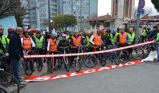 Boğaziçi Köprüsü'nden Bisikletle Geçerek Tıp Bayramı'nı Kutladılar