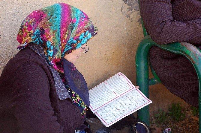Adıyaman'da Öğrenciler Sınavdan, Veliler Heyecandan Terledi