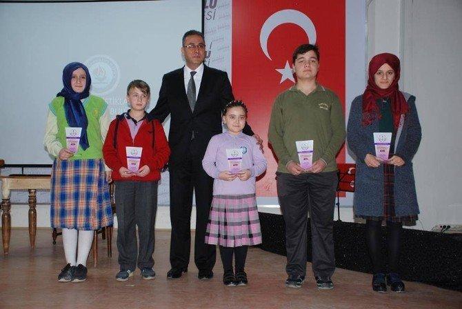Alaplı'da İstiklal Marşı'nın Kabulü Ve Mehmet Akif Ersoy'u Anma Programı Düzenlendi