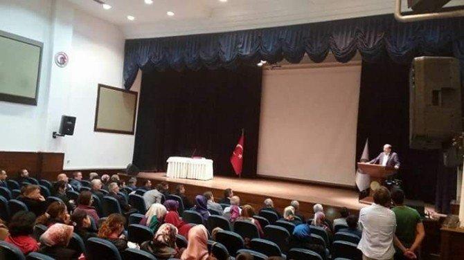 Çanakkale'de İlgi Çeken Konferans