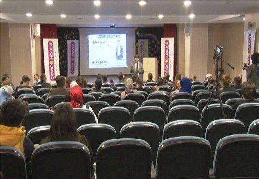 Çınar Koleji, Aile Seminerlerine Devam Ediyor