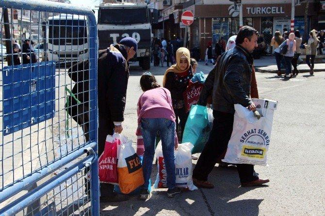 Yasağın Kalktığı Mahalle Ve Sokaklardan Göç Devam Ediyor