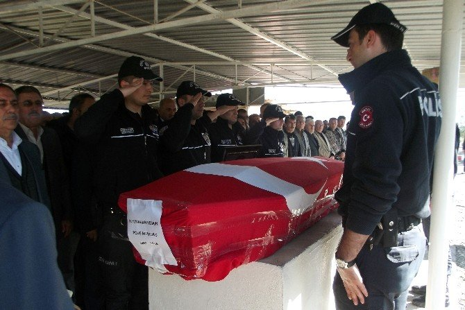 Kazada Hayatını Kaybeden Polis Hatay'da Toprağa Verildi