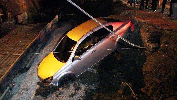 Otomobil İnşaat Alanına Uçtu: 2 Yaralı