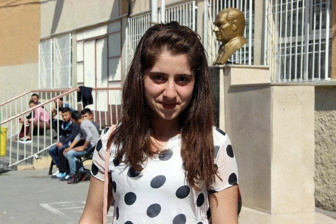 Terör Mağduru Öğrenciler Gaziantep'te YGS'ye Girdi