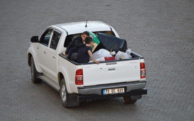 Şırnak'ta Bazı Vatandaşlar Evlerini Terk Etti