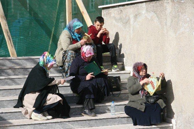 Afyonkarahisar'da YGS Heyecanı Başladı