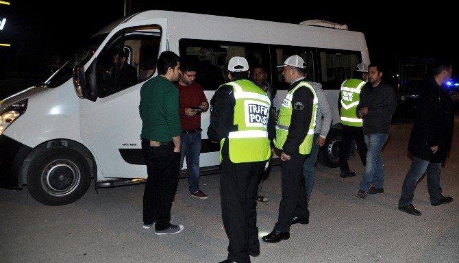 Aksaray'da Polis Karayollarını Ablukaya Aldı