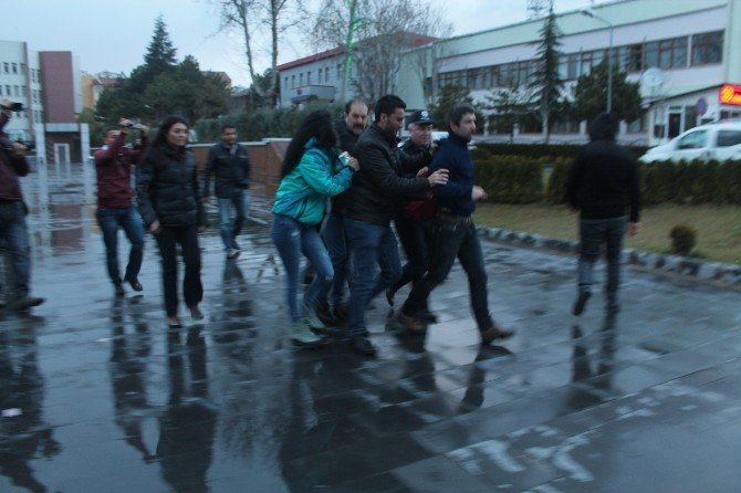 Basın Açıklamasının Ardından Dağılmayan Eylemcilere Polis Müdahalesi