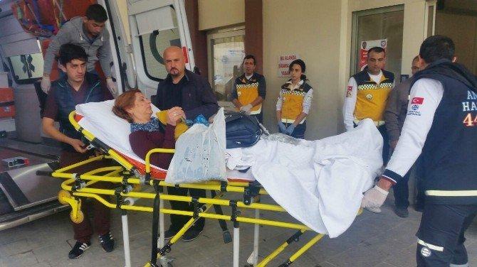 Tur Otobüsü Kazasında Ölü Sayısı 2'ye Çıktı
