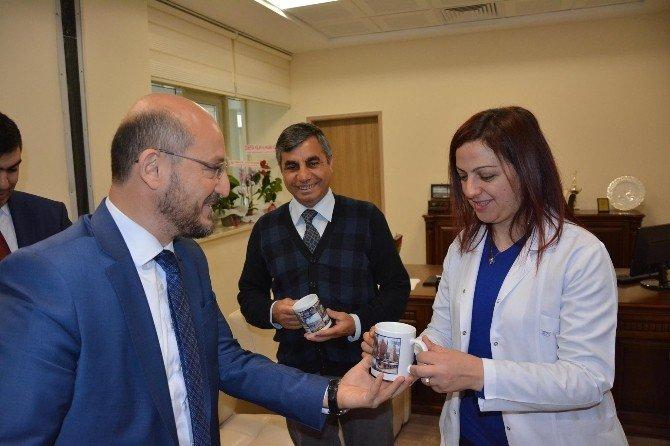 Başkan Özcan Sağlık Çalışanlarının Gününü Kutladı