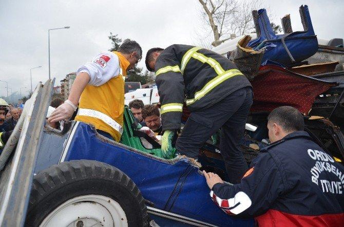 Fatsa'da Trafik Kazası: 1 Ölü, 1 Yaralı