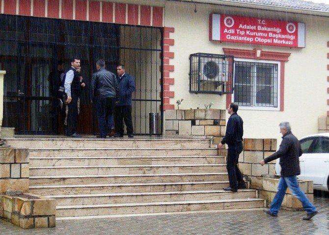 Gaziantep'te Trafik Kazası: 2 Ölü, 15 Yaralı