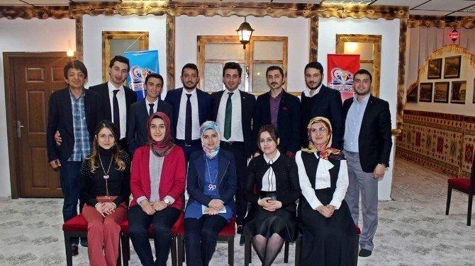 Erzincan Gençlik Meclisi 2. Gençlik Buluşmasını Gerçekleştirdi