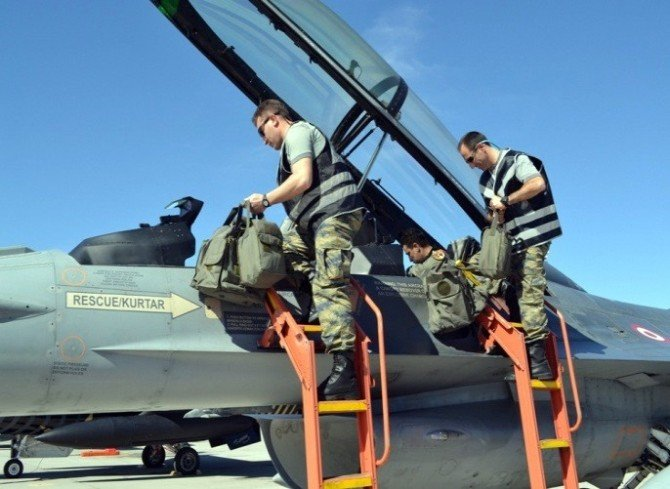 Red Flag-2016 Tatbikatı'na Türk Pilotlar Damga Vurdu